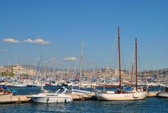 Marseille Frankrike - Sept 10 2010: Många yachter i porten Arkivbilder
