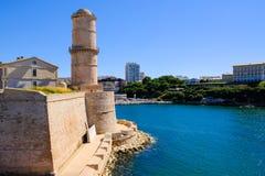 Marseille Vestingwerkfort heilige-Jean en toren van Koning Rene stock afbeelding