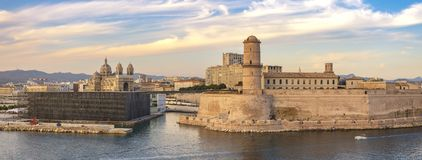 Marselha França, skyline da cidade do panorama da vista aérea fotografia de stock royalty free
