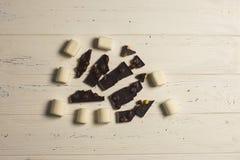 Marshmallow e chocolate Fotografia de Stock