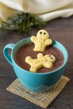 Marshmallow gingerbread men in hot chocolate Royalty Free Stock Photo