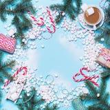 Marshmallows καρδιών έννοιας ζωηρόχρωμα μίνι τρόφιμα Στοκ φωτογραφία με δικαίωμα ελεύθερης χρήσης