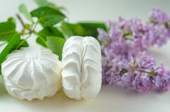 Marshmallows στο λευκό Στοκ φωτογραφίες με δικαίωμα ελεύθερης χρήσης
