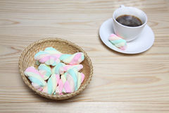 Marshmallows and coffee Royalty Free Stock Photos