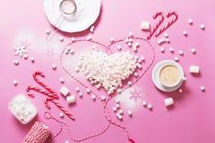 Marshmallows do coração do Natal da preparação do conceito Fotografia de Stock