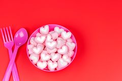Marshmallows in the pink bowl. Selcetive focus Royalty Free Stock Photography