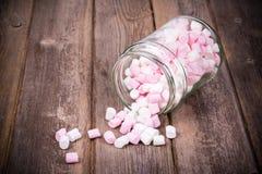 Marshmallows w słoju Zdjęcie Stock