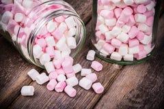 Marshmallows w słoju Zdjęcie Royalty Free
