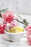 Marshmallows in white bowl Royalty Free Stock Photography