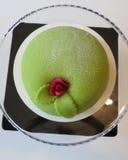 Marsipantårtan med steg överst Royaltyfria Bilder