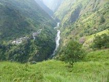 Marsyangdi rzeczna dolina - Jagat wioska Fotografia Stock