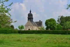 Martainville Frankrike - kan 13 2016: kyrka Royaltyfria Foton
