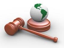 marteau 3d et globe juridiques Images libres de droits