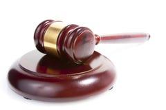 Marteau de juge sur le blanc Photographie stock libre de droits