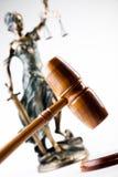 Marteau et dieu de loi Photos libres de droits