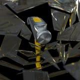 Marteau heurtant un fond en verre de concept Photographie stock