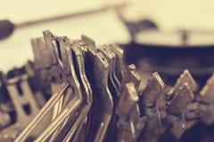 Martela a máquina de escrever Fotos de Stock Royalty Free