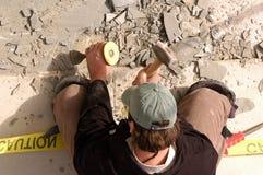 Martelando o concreto Fotos de Stock Royalty Free