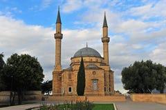 Martelaren` moskee in herdenkingspark van Baku Stock Fotografie