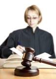 Martelletto e giudice femminile Immagini Stock