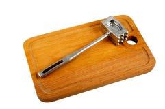 Martello della cucina sul tagliere Fotografia Stock