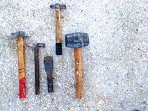 martello di dovere della raccolta su marmo fotografia stock