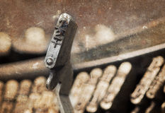 martello di 1/2 - vecchia macchina da scrivere manuale - filtro caldo Fotografia Stock Libera da Diritti
