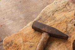 Martello sulla roccia Fotografia Stock