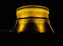 Martello torn i Fornells på natten, Menorca Arkivfoto