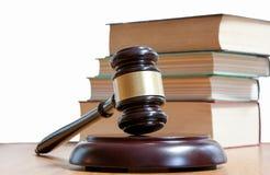Martelo judicial e códigos de leis Fotografia de Stock Royalty Free