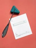 Martelo reflexo e certificado em branco Imagens de Stock
