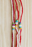 Martenitsa búlgaro tradicional de las lanas Fotos de archivo