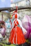 Martenitsa op een boom Royalty-vrije Stock Afbeeldingen