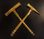 Martillos de oro Imagen de archivo libre de regalías