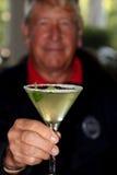 Martini - älterer Mann Lizenzfreie Stockbilder