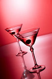Martini auf Rot Stockfoto