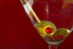 Martini auf Rot Lizenzfreie Stockfotografie