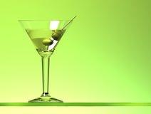 Martini coctail med två oliv Arkivfoto