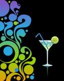 Martini con hielo y cal. Imagen de archivo libre de regalías