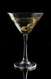 Martini con las aceitunas Fotos de archivo libres de regalías