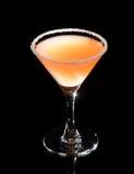 Martini-Glas mit gelbem Cocktail stockbild