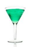 Martini verde escarchado con hielo en un vidrio Foto de archivo