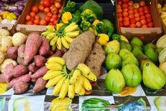 Martinique pittoresk marknad av Le Robert i västra Indies arkivbilder