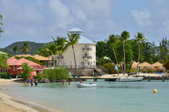 Martinique pittoresk stad av Sainte Anne i västra Indies royaltyfri foto