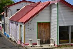 Martinique pittoresk stad av Sainte Anne i västra Indies arkivbilder