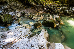 Martvilcanion, Georgië, Kutaisi Rivier, meren, watervallen Stock Foto
