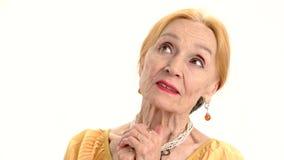 martwiąca się starsza kobieta zbiory wideo