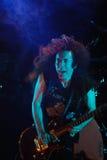 Marty Фридман играя гитару Стоковые Фотографии RF