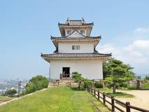 Marugame slott i Marugame, Kagawa Prefecture, Japan Royaltyfri Bild