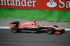 Marussia MR03 som är drivande vid Jules Bianchi på Monza Royaltyfri Fotografi